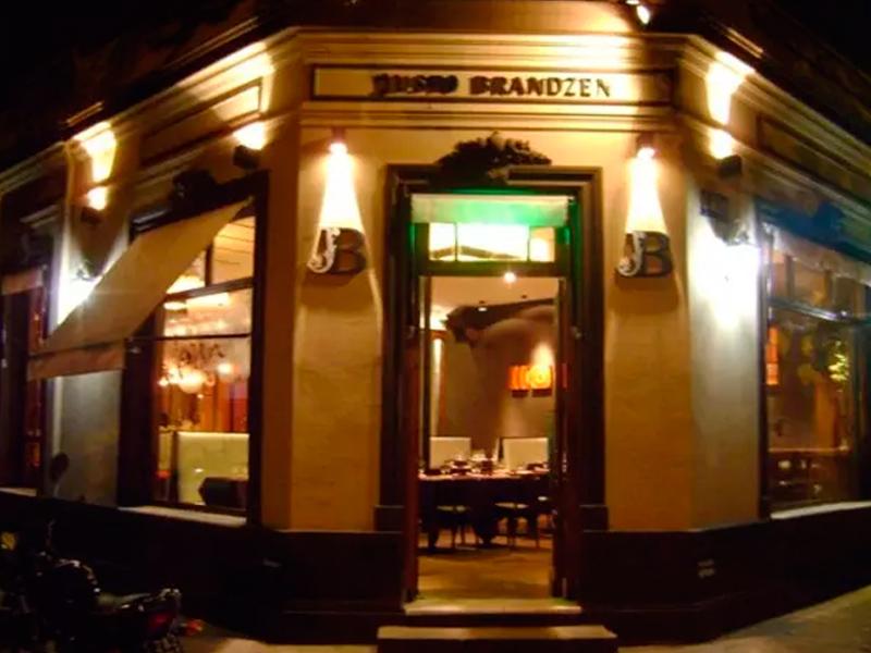 Justo Brandzen LaNocheDeQuilmes.com