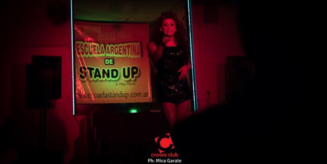 cronos Cena Show y Stand Up 24