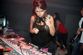 ELSIELAND Cintia Fernandez 11