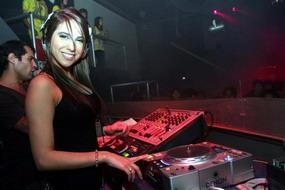 ELSIELAND Cintia Fernandez 7