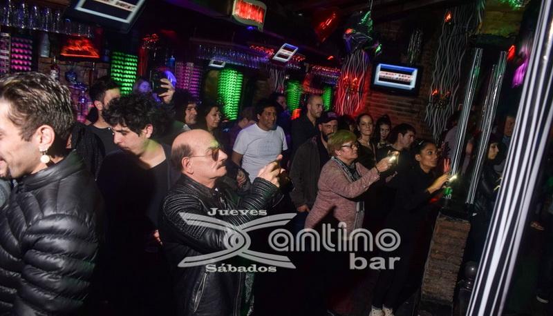 xantino Jueves karaoke 25