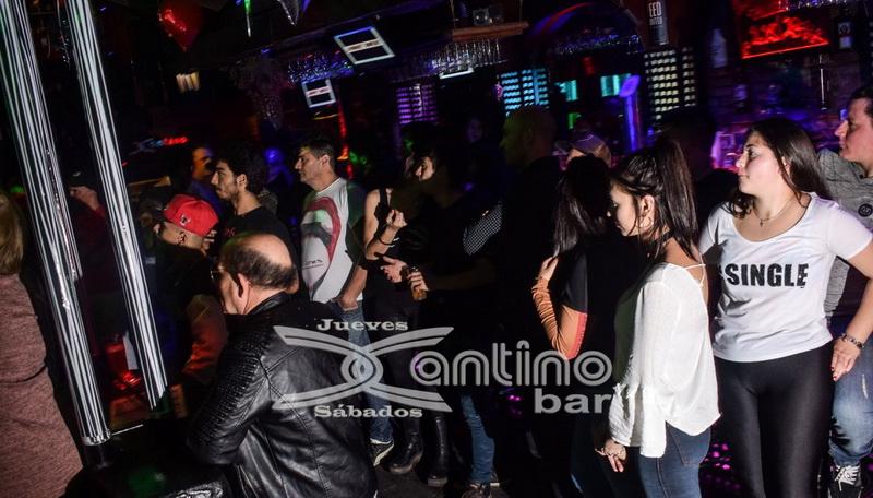 xantino Jueves karaoke 33