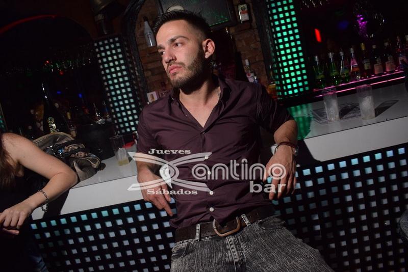 xantino Jueves karaoke 69